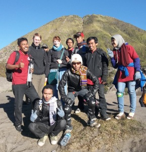 FOTO BERSAMA HOLIDAY TRIP TO BROMO 2013 3