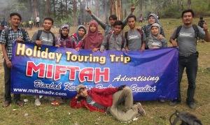 TOURING TRIP