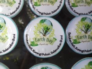PIN HARI BUMI - EARTH DAY (1)