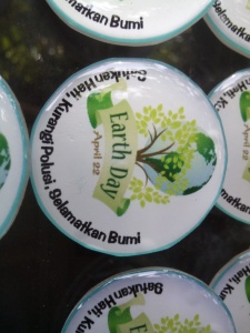 PIN HARI BUMI - EARTH DAY (4)