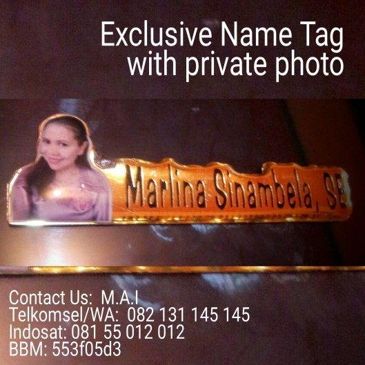 name tag plus photo pribadi